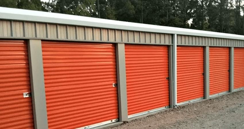 Building Mini Storage Units